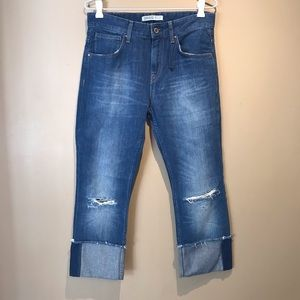 NEW Zara High Waisted Cropped Rolled Cuff Jeans